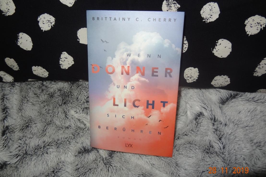 Rezension: Wenn Donner und Licht sich berühren♥♥♥♥♥